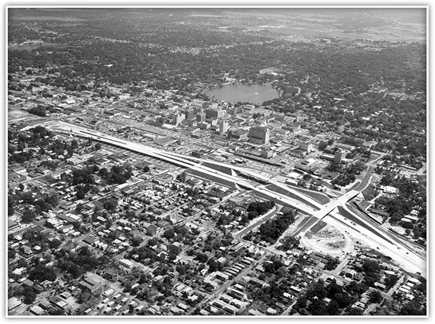 The first 8.2-mile stretch of I-4 opened in March 1965 and accommodated 70,000 vehicles per day through downtown Orlando.